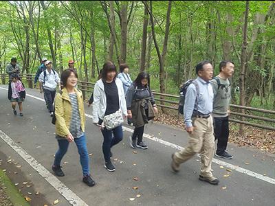 walking2